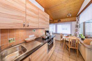 Küche/Küchenzeile in der Unterkunft Appartements Haus Sonnenschein