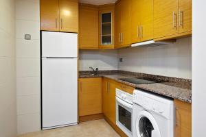 Una cocina o zona de cocina en Alicante Hills
