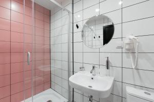A bathroom at Pokrovka 6 Hotel