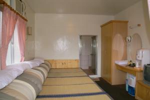 紅葉溫泉旅社房間的床
