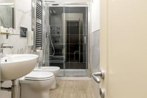 A bathroom at Hotel Ginori Al Duomo