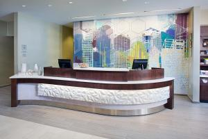 The lobby or reception area at SpringHill Suites by Marriott Carle Place Garden City