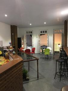 A restaurant or other place to eat at Hostel Morro de Sao Paulo