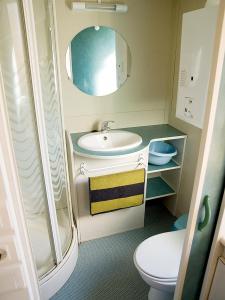 Een badkamer bij Camping Playa Otur