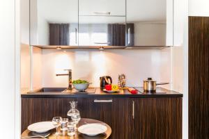 Cuisine ou kitchenette dans l'établissement Adagio Serris Val d Europe
