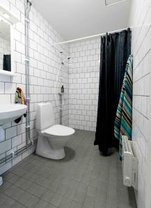 A bathroom at Stockholm Hotel Apartments Bromma