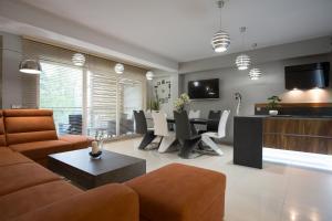 A seating area at VIP Apartamenty Stara Polana 2