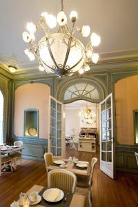 Een zitgedeelte bij Charme Hotel Hancelot