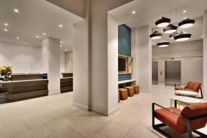 The lobby or reception area at Hilton Garden Inn New York Times Square South