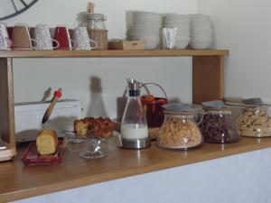 A kitchen or kitchenette at Lou Cigaloun