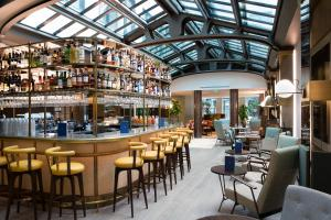 The lounge or bar area at Maison Bréguet