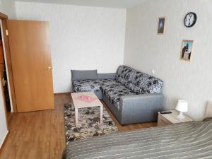 Гостиная зона в Апартаменты GrInn 15 на Коммунальной