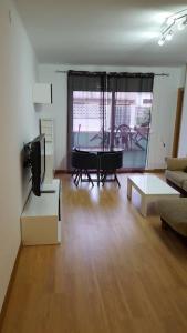 A seating area at Apartamento Mataro