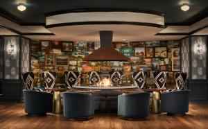 The lounge or bar area at Graduate Minneapolis