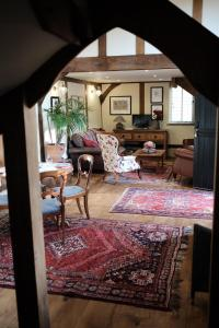A seating area at Stable Cottage