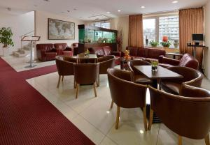 The lounge or bar area at PREMIUM Business Hotel Bratislava