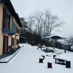 Cascina Raggio di Sole B&B during the winter