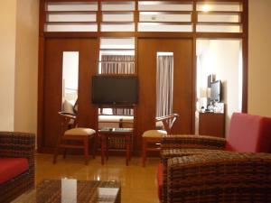 Khu vực ghế ngồi tại Vian Hotel