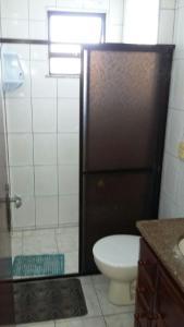 Um banheiro em Cobertura Duplex na Prainha em Arraial do Cabo