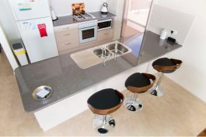 A kitchen or kitchenette at Brock's Base
