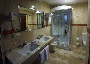 A bathroom at Complejos J-Enrimary