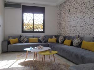 A seating area at Villa Malak Targa