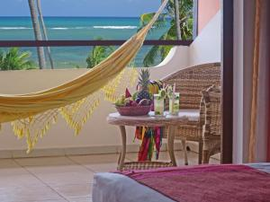 A balcony or terrace at Porto da Lua Boutique Hotel