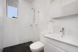 A bathroom at Bondi Beach Studio Penthouse Suite + Balcony