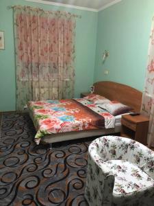 Кровать или кровати в номере Лермонтова 68,б