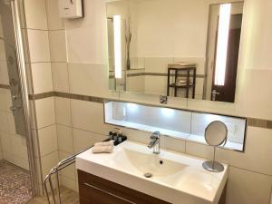 A bathroom at BB-Apartments