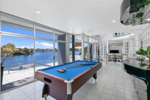 A pool table at Havana Blue - Large 4 Bedroom Family Home