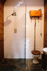 A bathroom at The Dell of Abernethy
