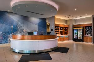 The lobby or reception area at SpringHill Suites Pittsburgh Southside Works