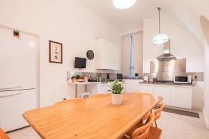 A kitchen or kitchenette at Casa Le Volte