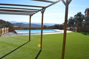 The swimming pool at or near Hotel Restaurante Port d'Ager