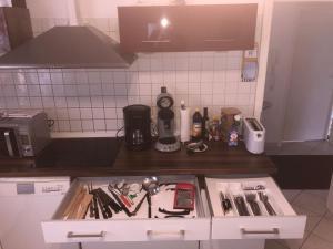 Küche/Küchenzeile in der Unterkunft Fewo Reutlingen Heinestraße