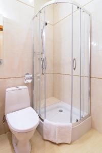 Un baño de Ukraine Hotel