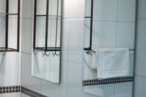 A bathroom at Residence Aan de Kust
