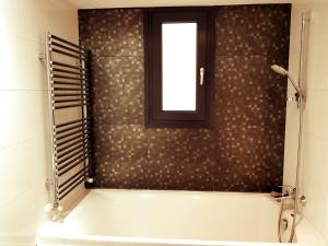 A bathroom at Nicosia Center Cozy Short Stays