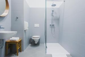 A bathroom at Dolac One Apartments