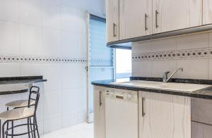 A kitchen or kitchenette at Central apartment Your Home