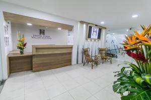 The lobby or reception area at Hotel Casa Vallecaucana