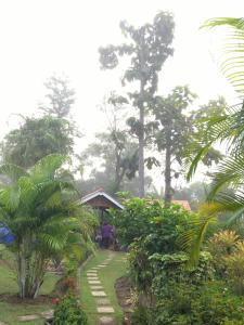 Een tuin van Sangsawang Resort