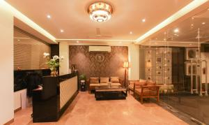 The lobby or reception area at Treebo Trend AND
