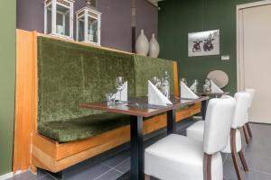 Een restaurant of ander eetgelegenheid bij Resort Land & Zee