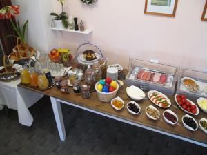 Frühstücksoptionen für Gäste der Unterkunft Hotel Klostergarten