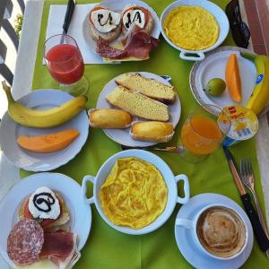 Breakfast options available to guests at B&B I Coppi