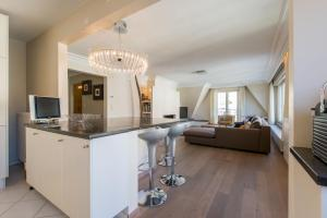 A kitchen or kitchenette at Zoutehouse