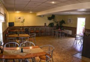 Restoran või mõni muu söögikoht majutusasutuses Kuremäe Hostel