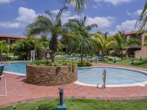 Het zwembad bij of vlak bij Aruba , Eagle Beach Townhouse